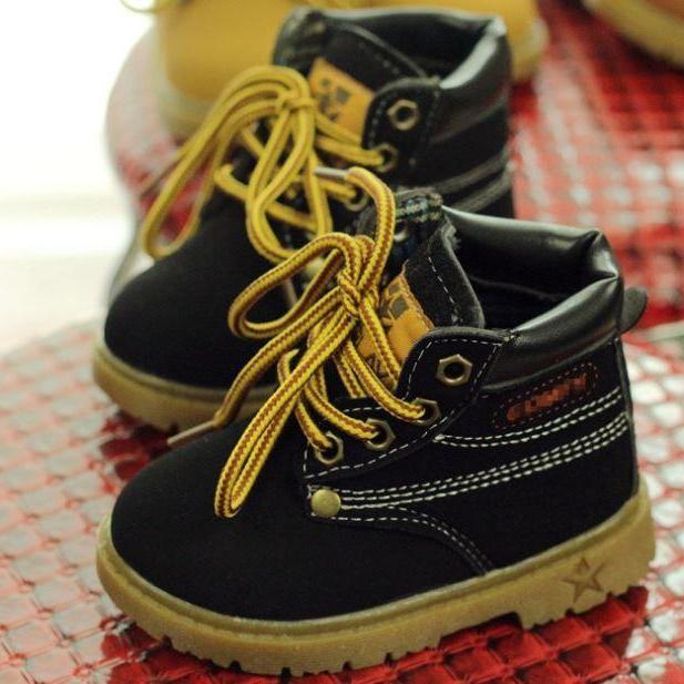 Giày boot cổ cao đế kếp cho bé trai và bé gái