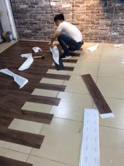 set 15 tấm sàn nhựa vân gỗ kt 15x91cm