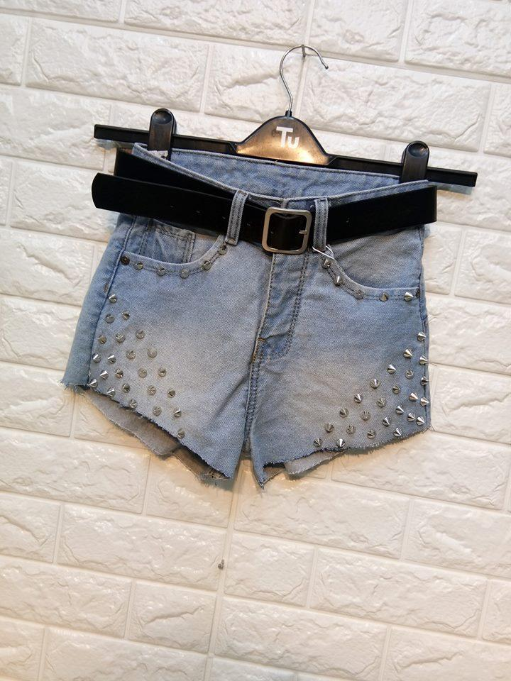 Quần Short Jeans Nữ Đinh Tán Cá Tính