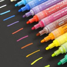 Bút vẽ Graffiti – 12 màu ( sử dụng trên mọi chất liệu )