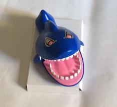 khám răng cá mập sập vui nhộn