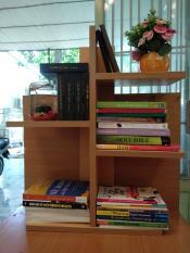 kệ để sách – kệ sách mini – kệ sách để bàn – Kệ sách gỗ 5 tầng – kệ đựng sách – kệ sách gỗ – kệ sách treo tường
