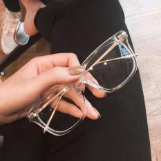 Mắt kính gọng nhựa trong suốt kiểu dáng đẹp
