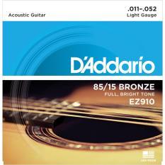 Dây đàn Guitar Acoustic DAddario EZ910 Dây cỡ 11 giúp tiếng của cây đàn vang to, âm sắc trong trẻo, sử dụng êm tay