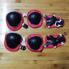 Bộ bảo vệ tay chân an toàn cho bé đạp xe, trượt patin (đệm bảo vệ tay chân) màu xanh/đỏ
