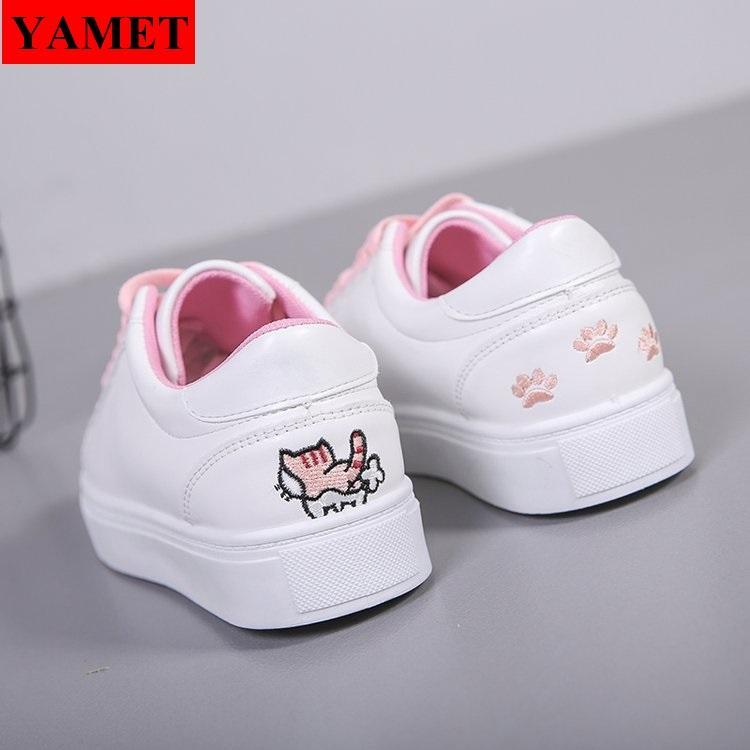 Giày sneaker nữ thêu mèo dễ thương YAMET YA-0938TH Trắng Phối Hồng