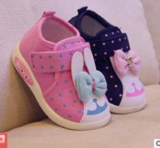 Giày vài tập đi có đèn cho bé gái 0-2 tuổi