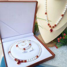 Bộ trang sức Ngọc trai nước ngọt Thiên nhiên Cao cấp 2M – Chuỗi đơn tròn Mix đá mã não – Quà tặng Bà và Mẹ – NULLAN PEARL (8-9ly) – CTJ1010