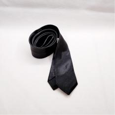 ( Loại dập nhiệt ) Cà vạt đen lụa Hàn Quốc bản nhỏ 5cm