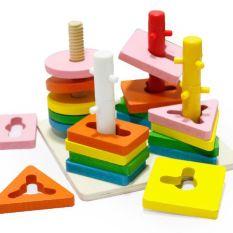 Bộ luồn cọc 3D 4 trụ gỗ – Rèn luyện đôi tay và kích thích bé tư duy