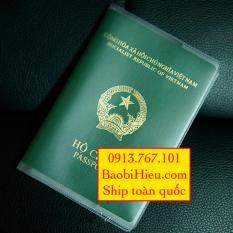 Vỏ bao hộ chiếu (passport) nhựa dẻo có khe đựng vé máy bay và các loại thẻ dạng PET và kích thước tương đương B132