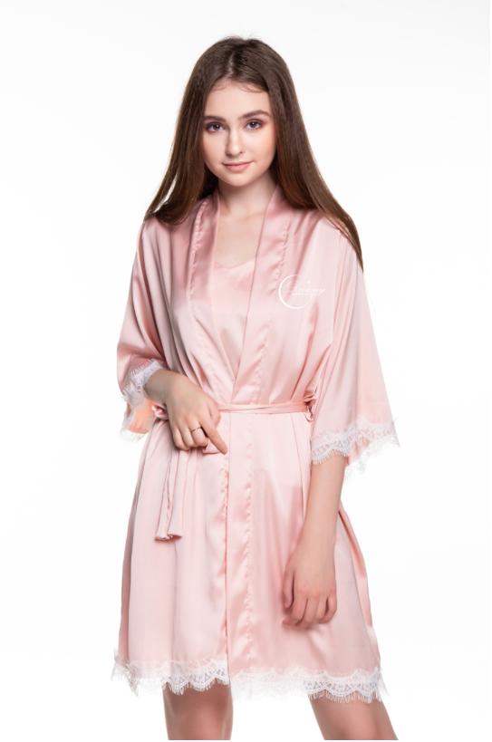 Dreamy CL03 – Áo choàng ngủ lụa cao cấp phối viền ren quyến rũ, mềm mại mài hồng pastel