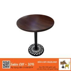 Bàn cafe mặt bàn tre chân gang đúc HIGHLAND D50 – Màu nâu cánh dán sang trọng