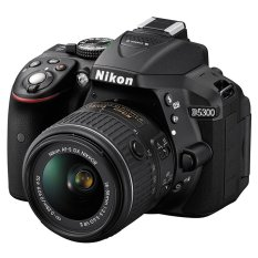 Nikon D5300 24.2MP với Lens kit 18-55mm F3.5 – 5.6G VRII
