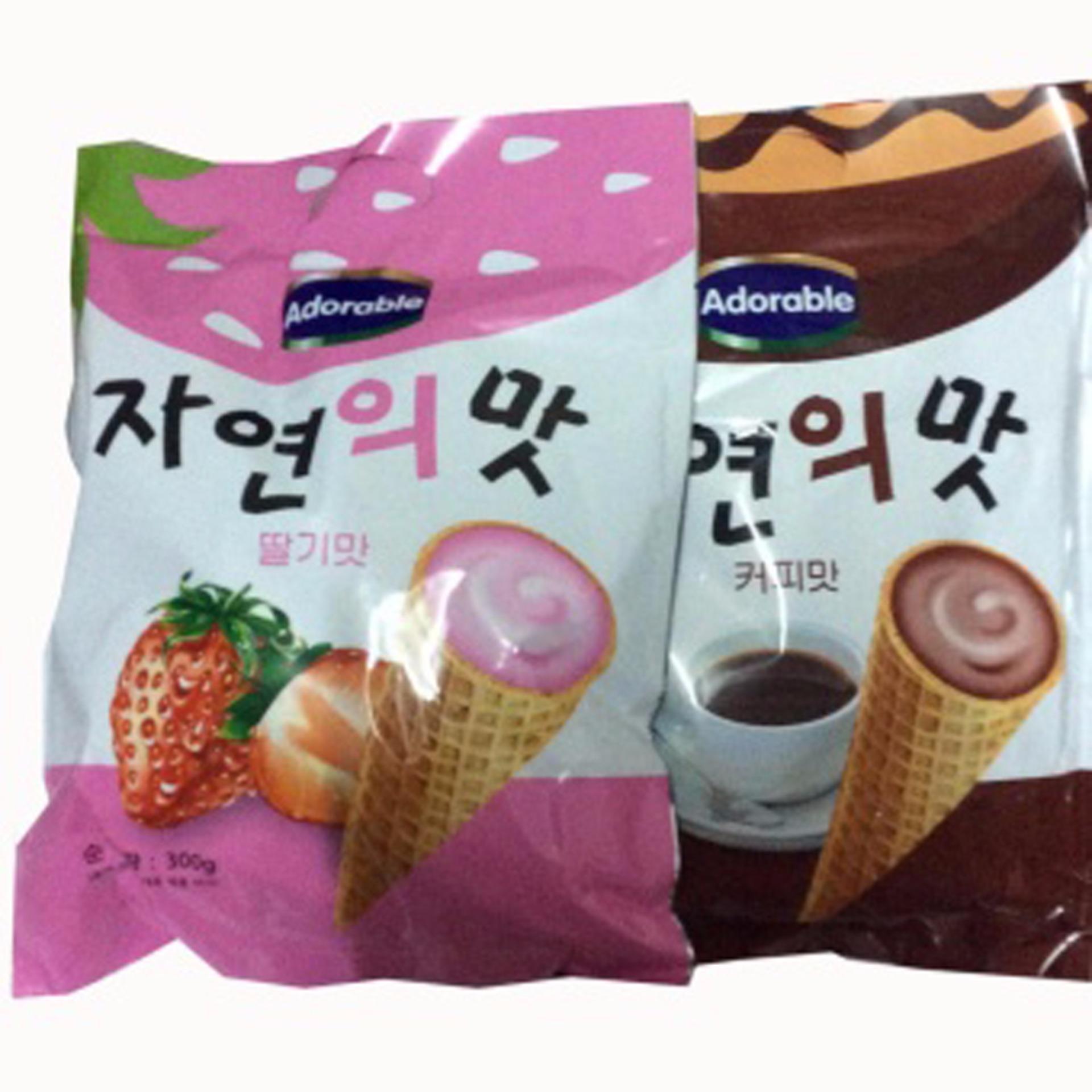 Bộ 2 Gói Bánh ốc quế Adorable (Kem Dâu+Cà Phê) 300g/gói Hàn Quốc