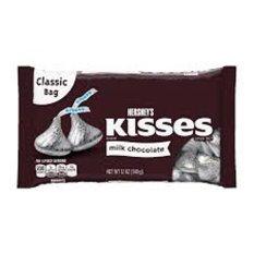 Chocolate sữa Hershey's Kisses gói 340g của Mỹ (bạc)