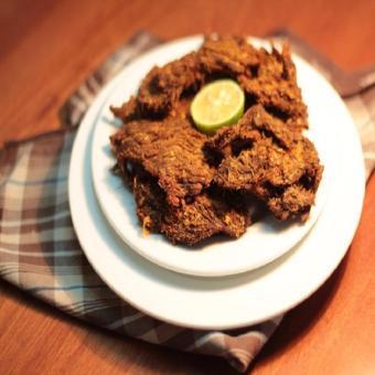 Thịt Bò Khô Xé Cay Nguyên Miếng - 400g