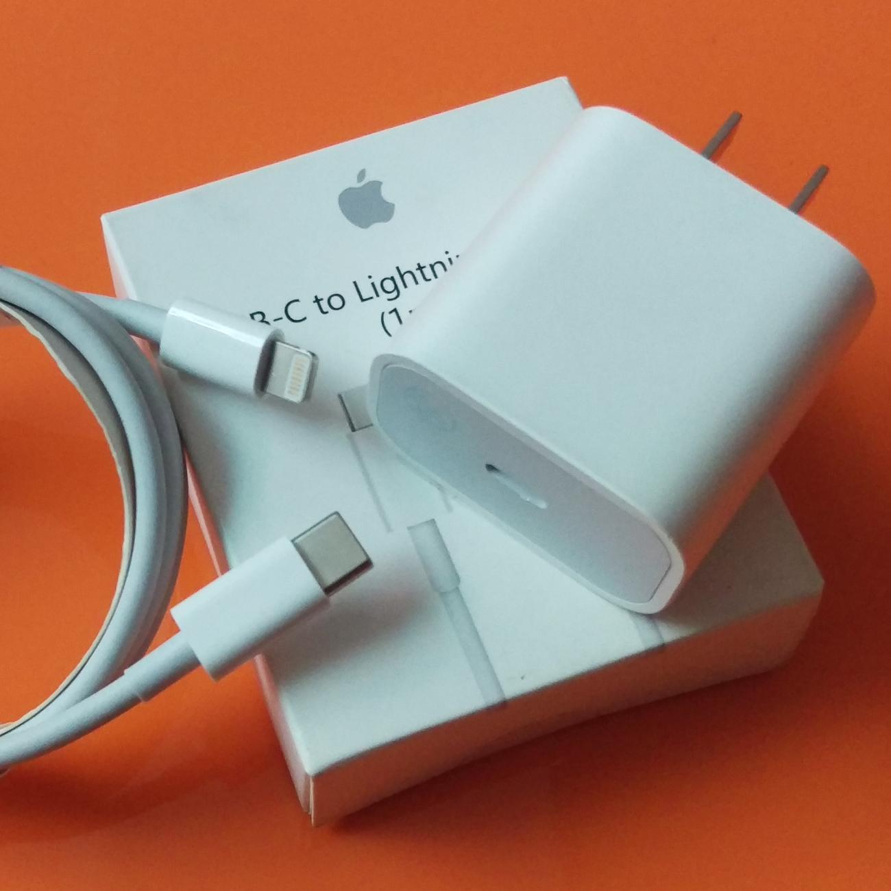 Bộ sạc nhanh 20W dùng cho Pro Max, iPhone 11, iPhone XS Max, iPhone XS, iPhone X, iPhone 8 Plus,...