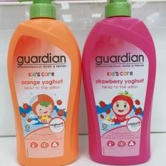 Sữa tắm goi em bé hương dâu và cam Malaysia 750ml