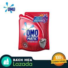 Nước giặt Omo Matic cửa trên túi 2.7kg giúp làm trắng, làm sáng và xoáy bay hoàn toàn vết bẩn