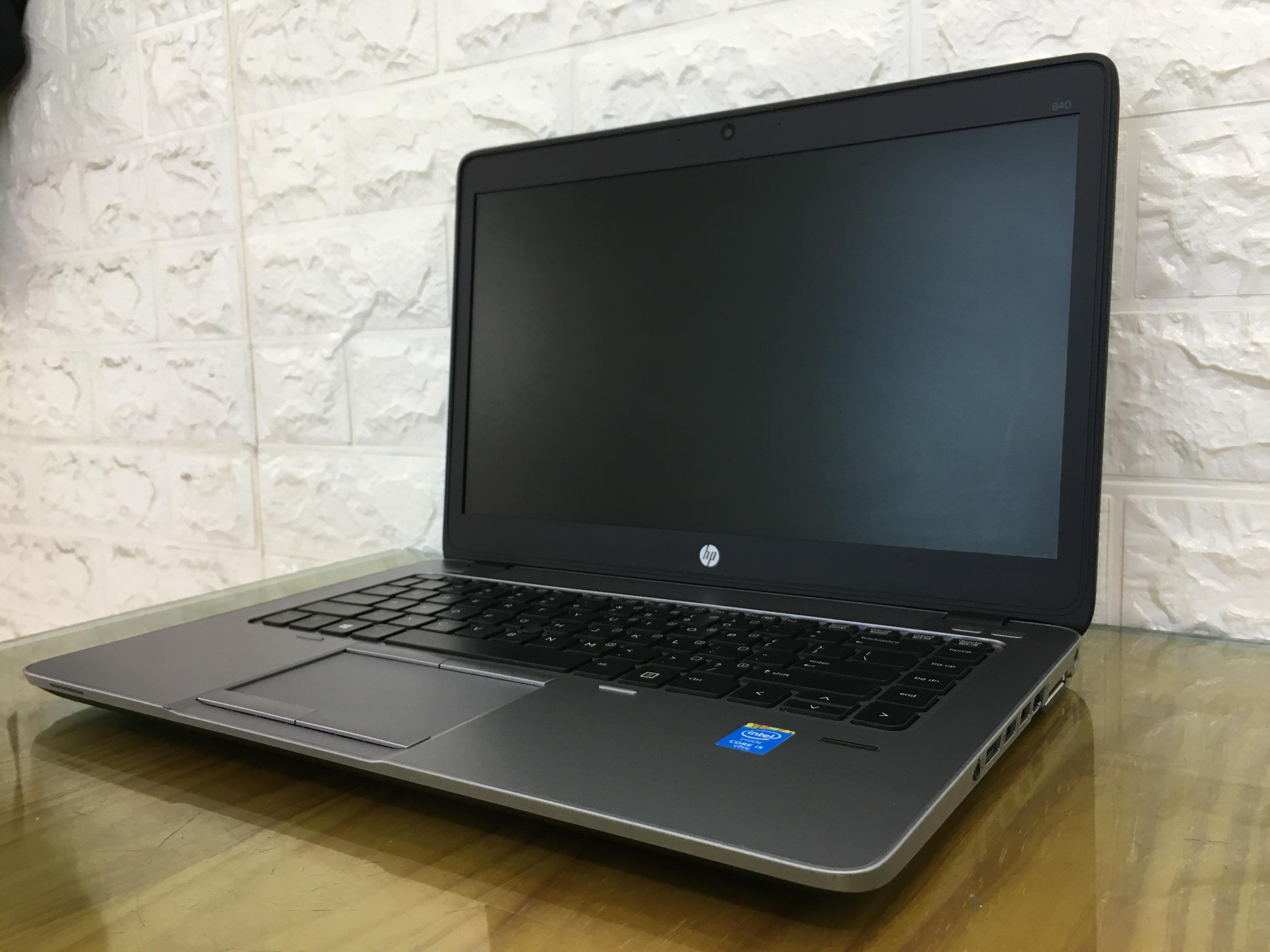 HP Elitebook 840 G1: i5-4300U   RAM 4GB   SSD 128GB   Màn hình 14 inches HD