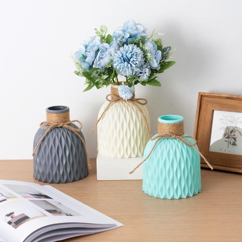 Các mẫu bình hoa nhựa - lọ hoa nhựa trang trí độc đáo, đẹp mắt