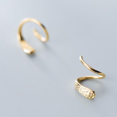 Bông Tai Bạc Hình Xoắn Gắn Đá 2 Màu – B2532 – Bảo Ngọc Jewelry