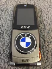 [HOT] Điện thoại vỏ thép BMW 760, Thiết kế độc đáo