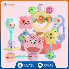 Bộ đồ chơi lục lạc 7 món cầm tay các nhân vật ngộ nghĩnh, vui nhộn dành cho bé, giúp bé tập cầm nắm, phát triển các kĩ năng cơ bản