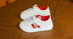 Giày thể thao bá trai RS067 Size 21-30 (Trắng)