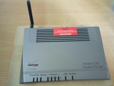 Bộ Phát Sóng Wifi Qwest Actiontec Verizon GT704WG (Xám)