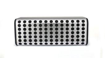 Loa di động 2GOOD B2 Bluetooth (Đen phối bạc)
