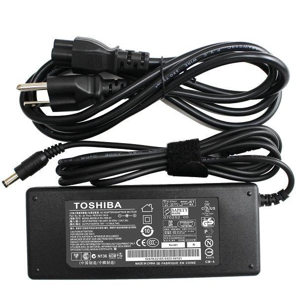 Sạc Toshiba Satellite U205