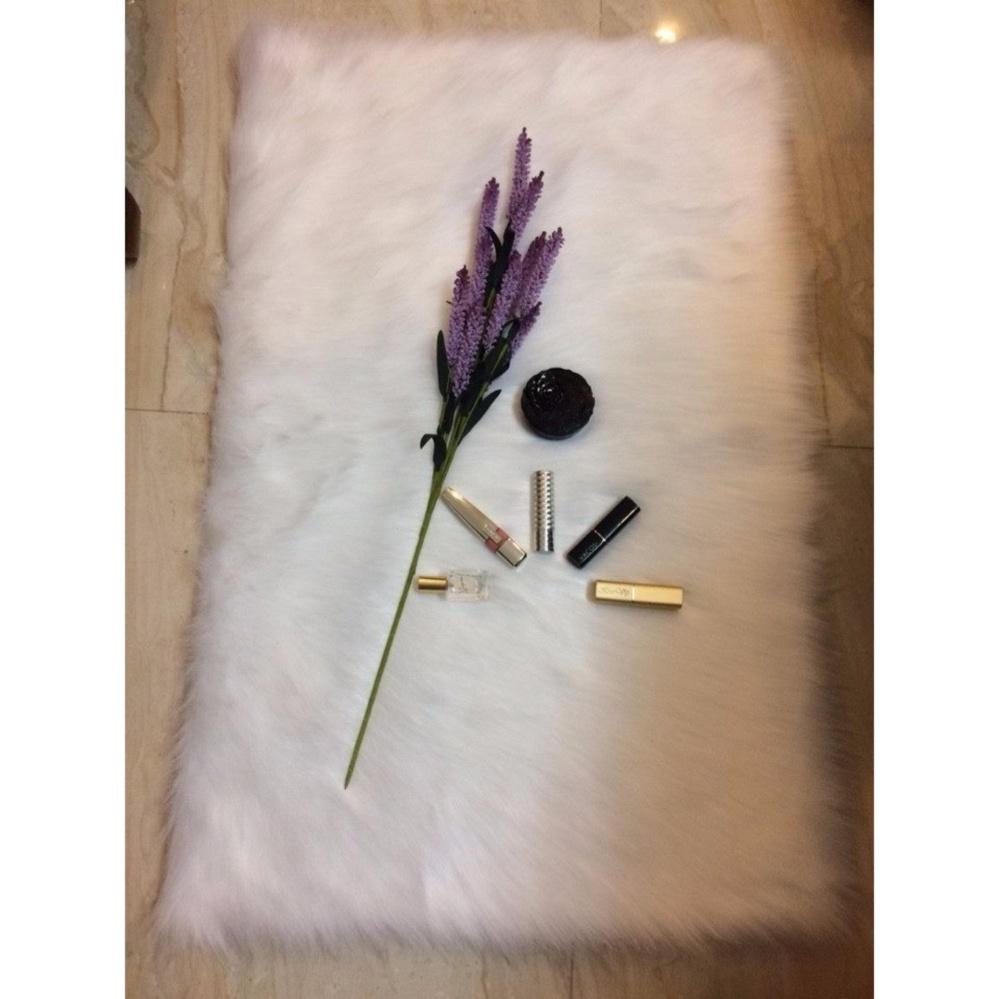 Thảm lông chụp hình màu trắng (lông dài) size 40cmx50cm