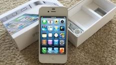 Máy điện thoại Apple IPhone 4S chính hãng – tặng kèm dây sạc, dùng được fb zalo mess , hỗ trợ bảo hành