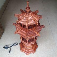 đèn tháp gỗ hương cao 65cmx25cmx25cm
