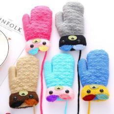 Găng tay len chú gấu cho bé