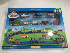 Bộ đồ chơi tàu hỏa chạy đường ray bằng sắt