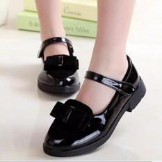 G01DE – Giày búp bê bé gái