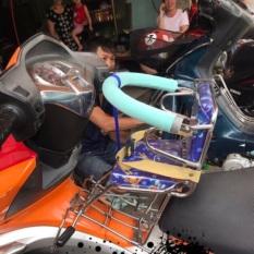 Ghế ngồi xe máy cho bé xe AB có vòng ( Sỉ ib)