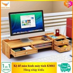 }Kệ để màn hình máy tính KM02 (Nhập Khẩu) – Kệ đa năng bằng gỗ cứng chắc phù hợp với mọi màn hình, có hộc cất bàn phím, ngăn kéo, hộc để tài liệu – NASI Store