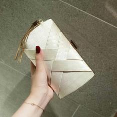 Cluth tua rua chất liệu lụa bóng cao cấp quyến rũ