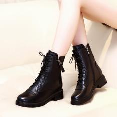 Giày Boot da nữ thời trang cá tính, giày bốt đế vuông cao 3cm , giày buột dây kèm kéo khóa đen B137