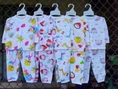 Set 5 bộ quần dài áo dài khuy giữa dâu tây cotton 2c cho bé 3-14kg