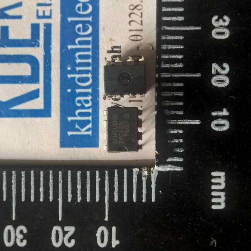 Mua AT24C02 DIP8 (4 con)