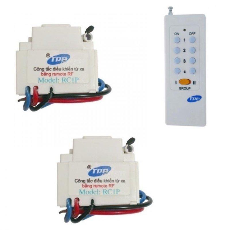 Bộ 2 công tắc điều khiển từ xa sóng RF lắp mặt PANASONIC TPE RC1P + Remote 16 nút RM01