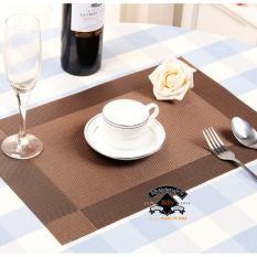 Bộ 4 tấm lót trang trí bàn ăn Bright Color (All Brown)