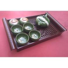 Nơi mua Bộ ấm chén uống trà hình cá 3D men xanh ngọc ( tặng kèm khay trà giả cổ)