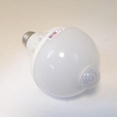 Bóng đèn cảm ứng hồng ngoại chuyển động 9W