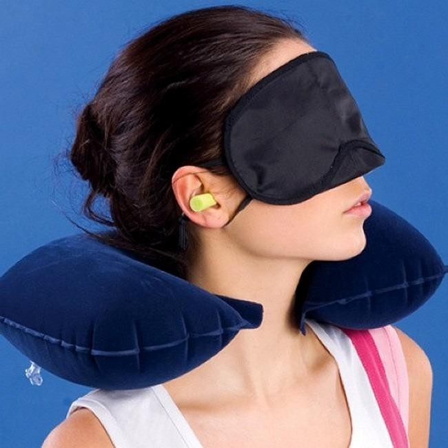 Combo gối hơi du lịch, miếng che mắt và 2 nút bịt tai khi ngủ